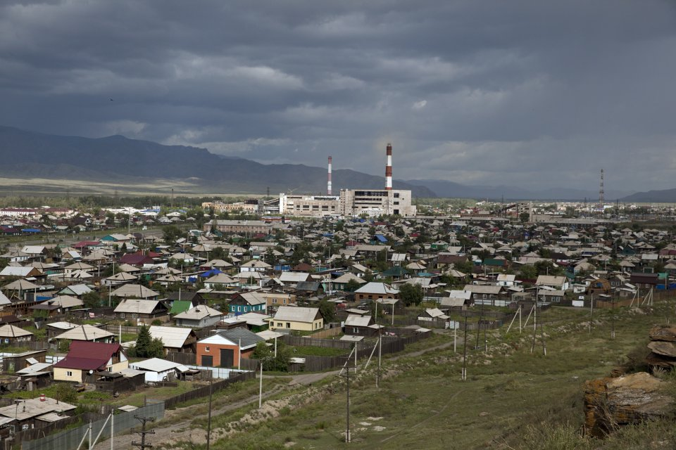 Eastern outskirts of the Tuvan capital Kyzyl with a Soviet-era unfinished power station towering over it. Lack of power generation capacity causes frequent power outages both in the capital and rural areas. Of Russia's 83 regions, Tuva has long been the worst performer in terms of socioeconomic status. The country's poorest region, it largely relies on federal subsidies.